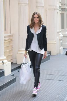 The Glitter Guide: Wish I had this girls legs and wardrobe. Olivia Palermo