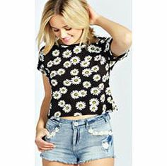 boohoo Daisy Print Turn Back Crop Tee - black azz27876 Make your top a talking point with textures - think brocades, quilting and fluffy-feel. Jersey kinda gal? Shake it up with shapes. Crop tops get cutting edge in boxy, boyfriend fit shapes and shell to http://www.comparestoreprices.co.uk/womens-clothes/boohoo-daisy-print-turn-back-crop-tee--black-azz27876.asp