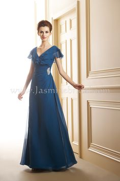 Love this dress, comes in white, now I just need a price! J145024