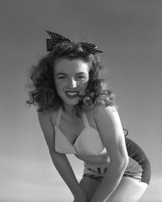 Norma Jeane, 1945. Photo by Andre De DIENES.