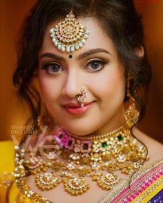 Bridal Makeup Images, Indian Bridal Makeup, Bridal Makeup Looks, Indian Wedding Jewelry, Wedding Jewelry Sets, Bridal Jewelry, Nose Pin Indian, Indian Nose Ring, Meena Photos