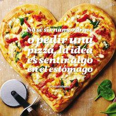 20160104 No sé si enamorarme o pedir una pizza, la idea es sentir algo en el estómago - @Candidman Pizza Planet, Pizza Cubana, Pizza Store, Domino's Pizza, I Love Pizza, Vegetable Pizza, Bakery, Restaurant, Frases Humor