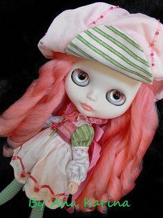 OOAK custom Blythe doll, Raspberry Tart.   by Ana Karina *Ninia Veneno* aka Blythe_Evolution