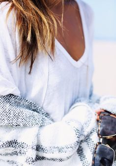 White tee + sweater + Sunnies // Find all you need on Effinshop.com