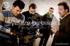 Da sinistra, Giulio Pizzato [prima macchina], Filippo Leoni [aiuto-regista] e William Carrer [regista e direttore della fotografia].   Location: forte Carpenedo, Mestre.