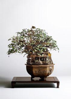 まるで物語の世界 ミニマムな秘密基地を表現した盆栽アート「Bonsai Tree Houses」 - DesignWorks Archive