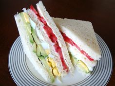 Triple (Tomato, Egg and Avocado Triple Decker Sandwich)