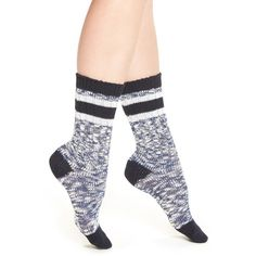 Women's Treasure&bond 'Favorite Varsity Stripe' Crew Socks (16 NZD) ❤ liked on Polyvore featuring intimates, hosiery, socks, navy iris, navy blue socks, cuff socks, navy socks, striped crew socks and crew length socks