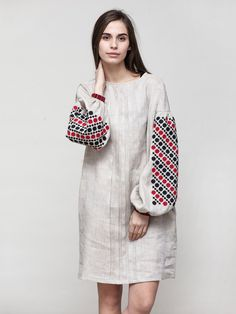 Stylish dress with embroidered geometric ornament women maxi dress with embroidery – Artofit Linen Dresses, Comfy Dresses, Cute Dresses, Casual Dresses, Modest Fashion, Hijab Fashion, Fashion Dresses, Iranian Women Fashion, Womens Fashion