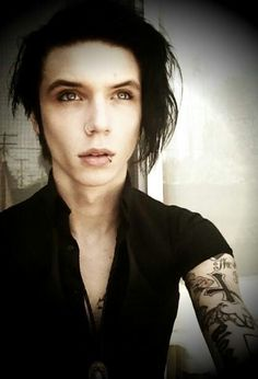 ANDY BIERSACK!!!! god damn! there is literally nothing wrong with him, like i can seriously not even see one! that's absolutely insane