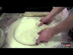 Il gioco della pizza - Gabriele Bonci - YouTube