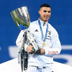 Cristiano Ronaldo Cr7, Football, Coat, Fashion, Soccer, Moda, Futbol, Sewing Coat, Fashion Styles