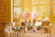 Boda A&J. Sweet table. #sweet #table #colours #colores #bodas #wedding #flores #boda #flowers #beauty #decoration #decoración #wood
