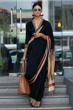 Proof : Formal Wear Sarees Can Look Super Cool With Right Ba.- Proof : Formal Wear Sarees Can Look Super Cool With Right Bags Proof : Formal Wear Sarees Can Look Super Cool With Right Bags - Look Fashion, Indian Fashion, Africa Fashion, 50 Fashion, Fashion Styles, Fashion Brands, High Fashion, Formal Saree, Formal Hair