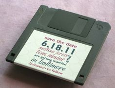 Creamsodabomb!: Geek Weddings Roundup // This floppy disk is just such a fun save-the-date! haha!