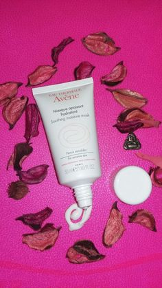 Brilliantly complementing Avène's Thermal Spring Water, Avène's Soothing Moisture Mask is enriched in, and embodies the soothing and anti-irritant properties of it's si… Spring Water, Beauty Review, Moisturizer, Moisturiser, Mineral Water