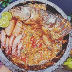 Resep masakan praktis sehari-hari Instagram Cooking Time, Cooking Recipes, Healthy Recipes, Nasi Liwet, Fika, Indonesian Food, Allrecipes, Crockpot, Meal Prep
