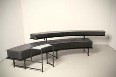 Eileen Grey sofa Monte Carlo Prijs: € 2250,-