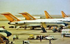 Love this old image of our vintage planes! Johannesburg City, Good Ol Times, South African Air Force, Boeing 727, Air Festival, Old Images, African History, Africa Travel, Aircraft