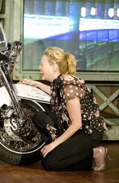 Virginia Madsen, Talk Shows, The Tonight Show with Jay Leno, February 2005.