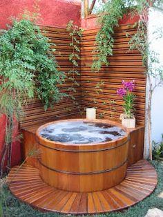 Ofur na sacada jardins p tios e varandas pinterest for Planos de piscinas pequenas