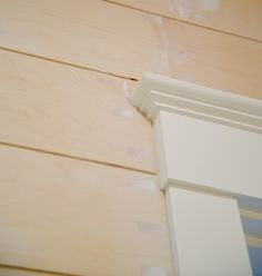 Shiplap Outside Corner Stained Pine Reclaimed Exterior