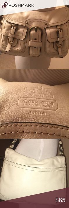 Coach bag Very good condition Small pen mark inside of the outer pocket (picture). Otherwise in great condition Ivory Coach Bags Shoulder Bags