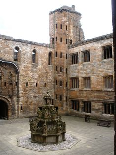 Linlithgow Palace, near Edinburgh, birth place of Mary Queen of Scots.