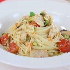 Traps of pork with apricot barbouille - Healthy Food Mom Fish Recipes, Seafood Recipes, Gourmet Recipes, Healthy Recipes, Healthy Meals, Linguine Recipes, Pasta Recipes, Dinner Recipes, Healthy Dishes