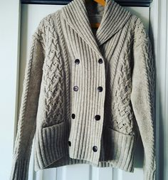 Exeter cardigan by Michele Wang in Ambrosia Yarns woolen and Inspire leather buttons.