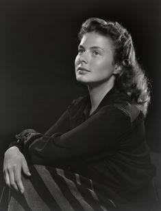 INGRID BERGMAN, 1946La actriz Ingrid Bergman posa ante Yousuf Karsh (National Portrait Gallery, Smithsonian Institution; gift of Estrellita Karsh in memory of Yousuf Karsh)