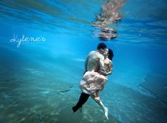 Vlad & Mhyria's Underwater Engagement » Kylene's Photography Blog...i don't think i'd do this but it looks so beautiful!