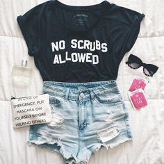 No, i dont wanna no scrubs  Pinterest//ariaelizxbeth