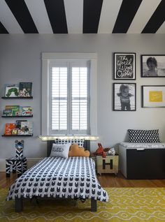 Graphic+and+Modern+Toddler+Boy+Room+with+Striped+Ceiling