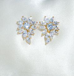 Grace Starburst Crystal Earrings (Gold)