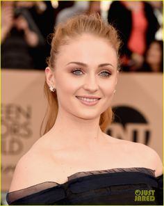 Sophie Turner & Maisie Williams Step Out For SAG Awards 2016: Photo #3564381. Sophie Turner and Maisie Williams hit the red carpet in style at the 2016 Screen Actors Guild Awards held at the Shrine Auditorium on Saturday (January 30) in Los…