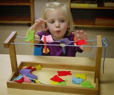 Very nice material to hang clothes and refine fine motor skills while allowing children (boys and girls) to become independent #Montessori #MontessoriActivity #PracticalLife