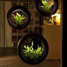 set autobanden met plantjes erin