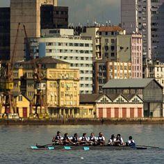 . ★ Descubra Porto Alegre! . ⚑ Fotografia por @gnuniao (@adrianoryba) . ◉…