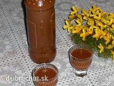 Fotorecept: Kávovo-čokoládový likér Alcoholic Drinks, Beverages, Hot Sauce Bottles, Destiel, Nutella, Smoothie, Drinking, Food And Drink, Pudding