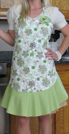 Cute and Stylish Apron by MichelleLynnDesign on Etsy, $27.99