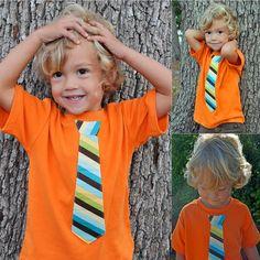 Camiseta con corbata