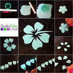 Fondant hibiszkusz készítése Fondant Flower Tutorial, Cake Topper Tutorial, Fondant Flowers, Sugar Flowers, Fondant Tips, Fondant Cakes, Fondant Bow, Cake Decorating Techniques, Cake Decorating Tutorials