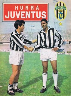 #Juventus: #Sivori and #Nené (1963/64). Football Stickers, Sports Magazine, Juventus Fc, Old Women, Soccer, Baseball Cards, Lady, Film, Grande