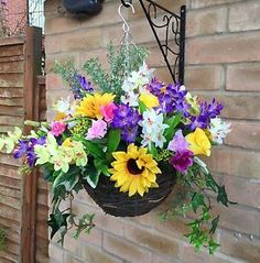 New Ready To Hang Artificial Flower Hanging Basket Gardern Handmade Baskets