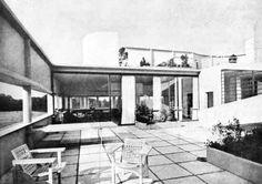 Le Corbusier e P. Jeanneret, Ville Savoie, Poissy 1929  Vista dalla terrazza