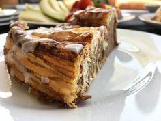 Post: Tarta – rollo de canela y hojaldre --> cinnamon rolls cake, Giant Cinnamon Roll, kanel ruller, Kanelkage, Kanelkaka, kanelsnegle, postres fáciles, postres nórdicos, postres rápidos, recetas delikatissen, rollo de canela, Tarta – rollo de canela y hojaldre, tarta de canela