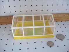 Old & Vintage LUNDBY Doll House Plastic Greenhouse Garden Outdoor 1:16 Scale