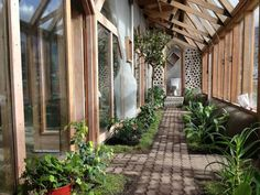 Earthships: Homes for a sustainable future | Over Grow The System