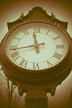 Clarksville Clock is a signed Fine Art Print by artist, Joy Neasley. This is a beautiful clock at the heart of downtown Clarksville, TN.---